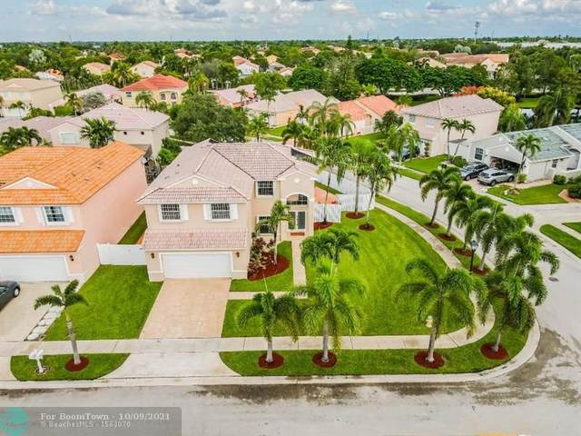 1001 NW 188th Ave, Pembroke Pines, FL 33029 (MLS #F10302118) :: Berkshire Hathaway HomeServices EWM Realty