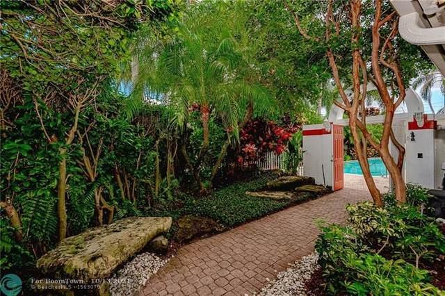 1121 Bel Aire Dr, Pembroke Pines, FL 33027 (MLS #F10302405) :: Castelli Real Estate Services
