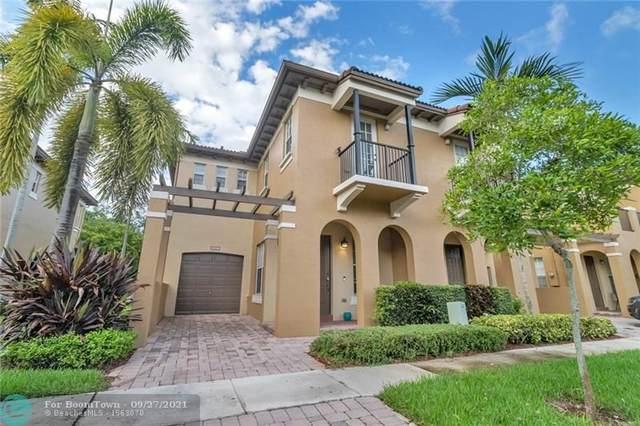 8627 Buckskin Mnr #8627, Davie, FL 33328 (MLS #F10302411) :: Green Realty Properties