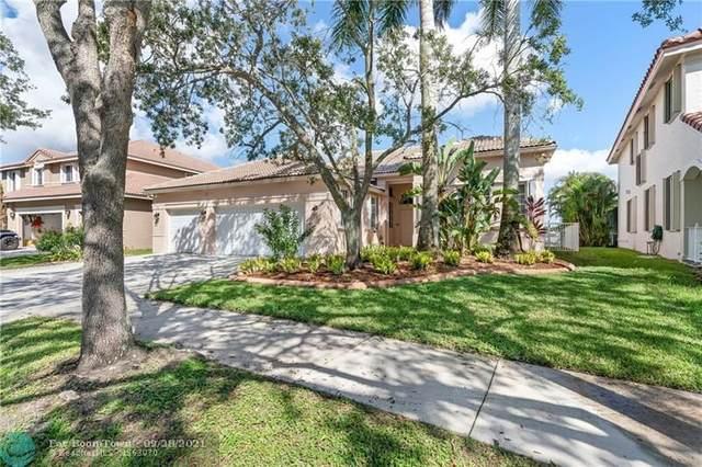 921 Crestview Cir, Weston, FL 33327 (MLS #F10302532) :: Green Realty Properties