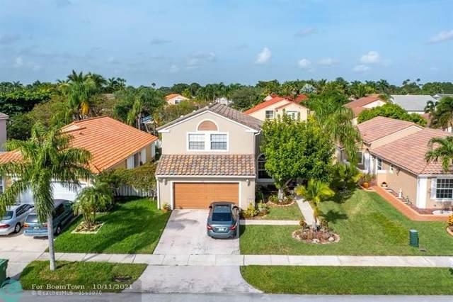 1142 NW 174th Ave, Pembroke Pines, FL 33029 (MLS #F10302716) :: Berkshire Hathaway HomeServices EWM Realty