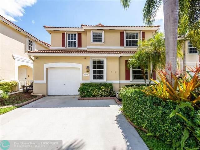 15048 SW 51st St, Davie, FL 33331 (MLS #F10303063) :: Berkshire Hathaway HomeServices EWM Realty