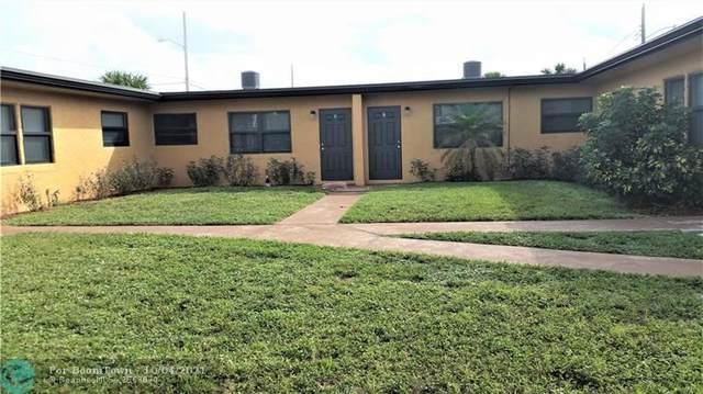 2840 Avenue S, Riviera Beach, FL 33404 (MLS #F10303180) :: Castelli Real Estate Services