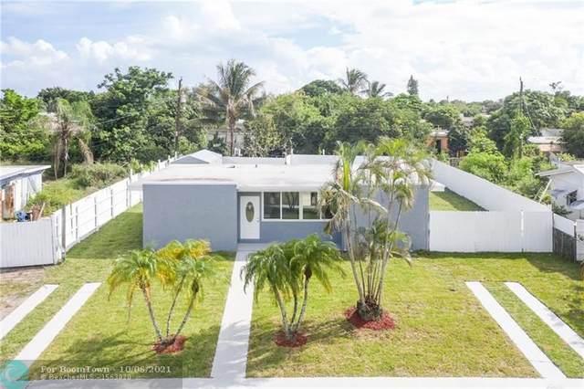 3920 Pensacola Dr, Lake Worth Beach, FL 33462 (#F10303255) :: Baron Real Estate