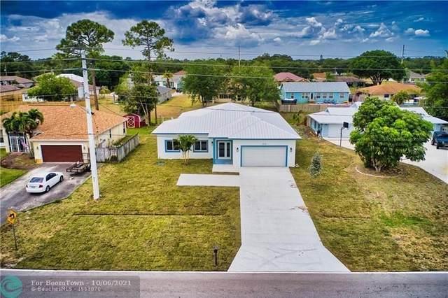 2273 SE Belvedere St., Port Saint Lucie, FL 34984 (MLS #F10303511) :: Castelli Real Estate Services