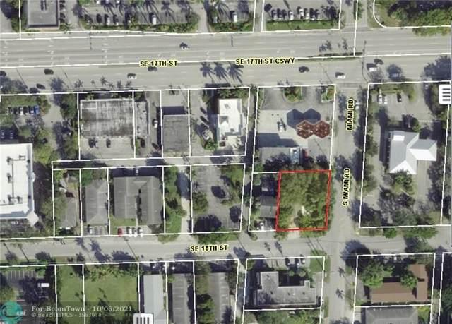 823 SE 18th St, Fort Lauderdale, FL 33316 (#F10303564) :: DO Homes Group