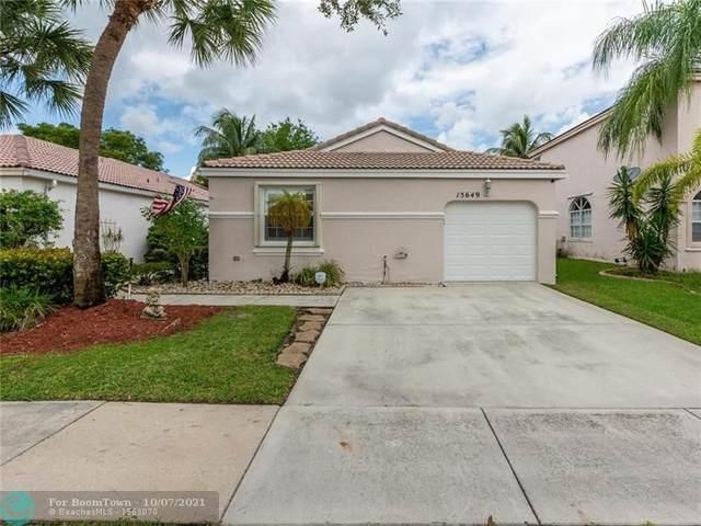 15649 NW 12th Rd, Pembroke Pines, FL 33028 (#F10303565) :: Michael Kaufman Real Estate