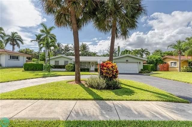 2731 NE 23rd Ave, Lighthouse Point, FL 33064 (MLS #F10303675) :: Castelli Real Estate Services