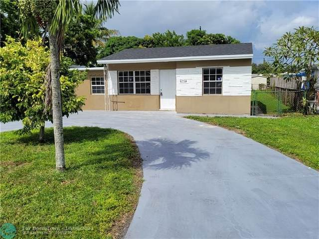 5615 Hayes St, Hollywood, FL 33021 (#F10303877) :: Heather Towe | Keller Williams Jupiter