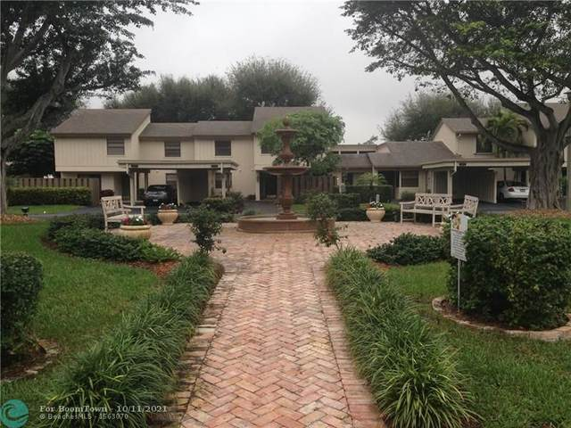 314 Wildwood Ln #314, Deerfield Beach, FL 33442 (#F10304044) :: Michael Kaufman Real Estate