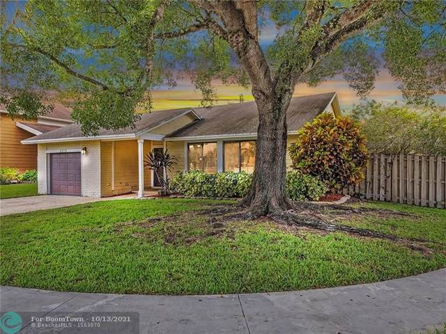 3273 NW 104th Ave, Sunrise, FL 33351 (MLS #F10304238) :: Castelli Real Estate Services