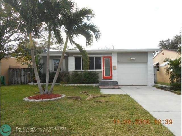 2422 Roosevelt St, Hollywood, FL 33020 (MLS #F10304497) :: THE BANNON GROUP at RE/MAX CONSULTANTS REALTY I