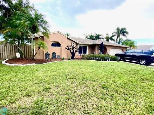 5040 SW 117th Way, Cooper City, FL 33330 (MLS #F10305615) :: Berkshire Hathaway HomeServices EWM Realty