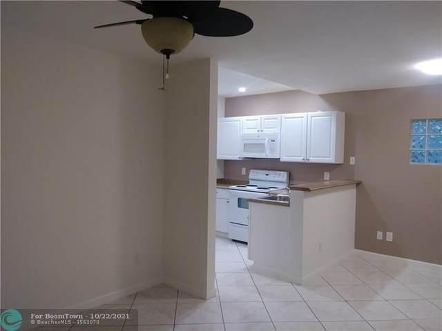 111 S L St, Lake Worth Beach, FL 33460 (MLS #F10305632) :: Castelli Real Estate Services