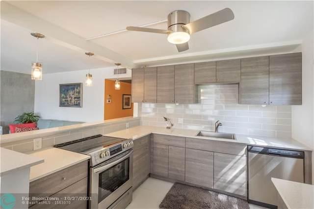 2042 Lyndhurst J #2042, Deerfield Beach, FL 33442 (MLS #F10306087) :: Berkshire Hathaway HomeServices EWM Realty