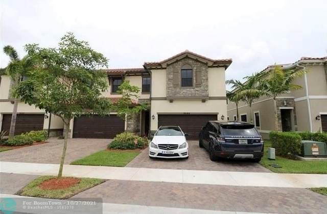 9586 Town Parc Cir #9586, Parkland, FL 33076 (MLS #F10306094) :: Patty Accorto Team