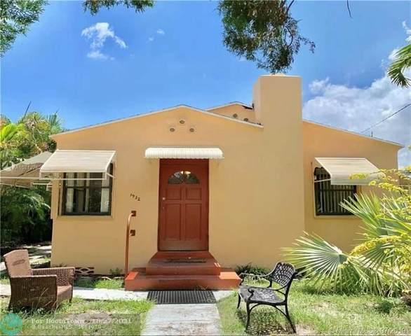 1932 Adams St, Hollywood, FL 33020 (MLS #F10306096) :: Berkshire Hathaway HomeServices EWM Realty