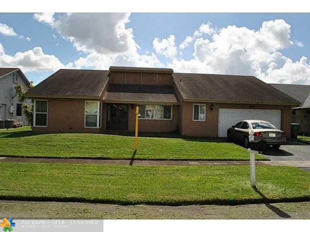 7408 NW 47TH PL, Lauderhill, FL 33319 (MLS #F10116379) :: Green Realty Properties
