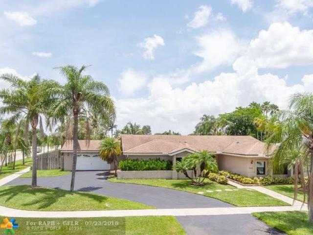 500 SW 168th Ter, Weston, FL 33326 (MLS #F10132024) :: Green Realty Properties