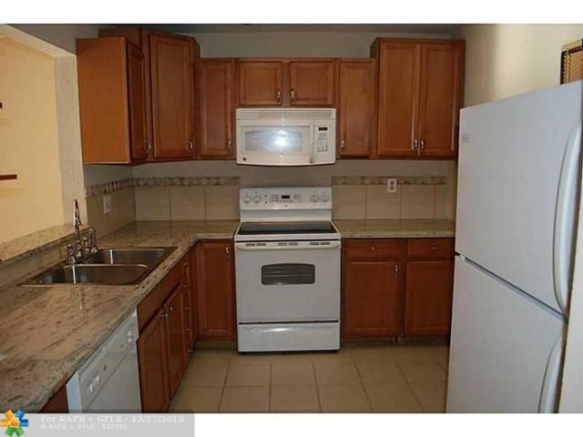 2850 Somerset Dr 310L, Lauderdale Lakes, FL 33311 (MLS #F10154280) :: Green Realty Properties