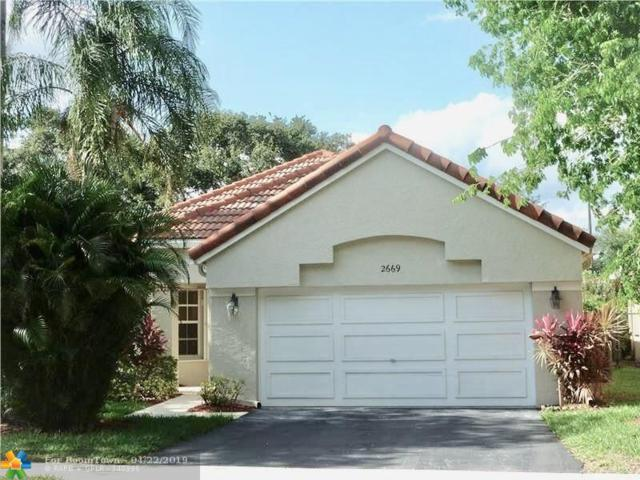 2669 Oak Park Cir, Davie, FL 33328 (MLS #F10172713) :: Castelli Real Estate Services