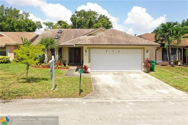 2472 NW 95th Way, Coral Springs, FL 33065 (MLS #F10181974) :: United Realty Group