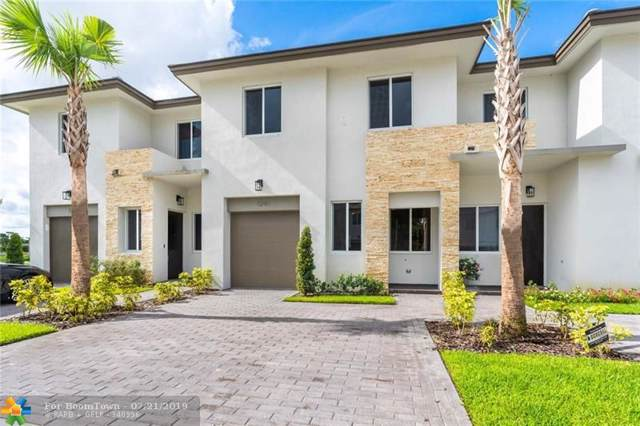 1241 Pioneer Way #70, Royal Palm Beach, FL 33411 (#F10183553) :: Weichert, Realtors® - True Quality Service