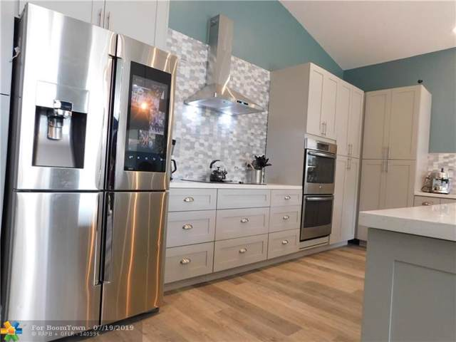 15547 NW 5th St, Pembroke Pines, FL 33028 (MLS #F10185867) :: Berkshire Hathaway HomeServices EWM Realty