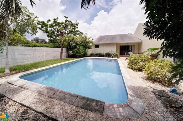 840 SW 12th Pl, Fort Lauderdale, FL 33315 (MLS #F10188611) :: The O'Flaherty Team