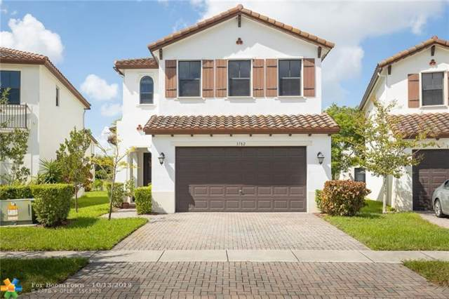 3782 SW 93rd Ave, Pembroke Pines, FL 33025 (MLS #F10198856) :: Patty Accorto Team