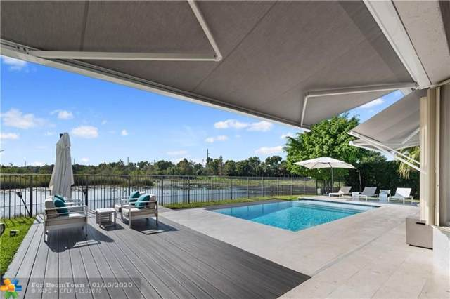 2562 Jardin Ln, Weston, FL 33327 (MLS #F10209741) :: The Paiz Group