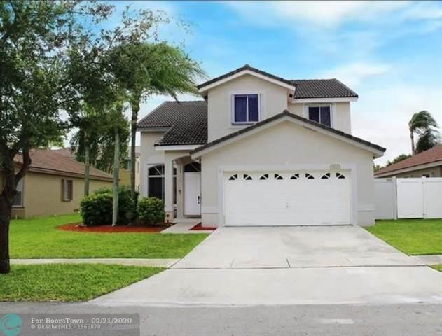 961 SW 177th Way, Pembroke Pines, FL 33029 (MLS #F10218044) :: Green Realty Properties