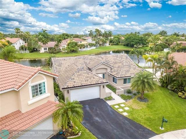 1085 Capistrano, Weston, FL 33326 (MLS #F10218884) :: Berkshire Hathaway HomeServices EWM Realty