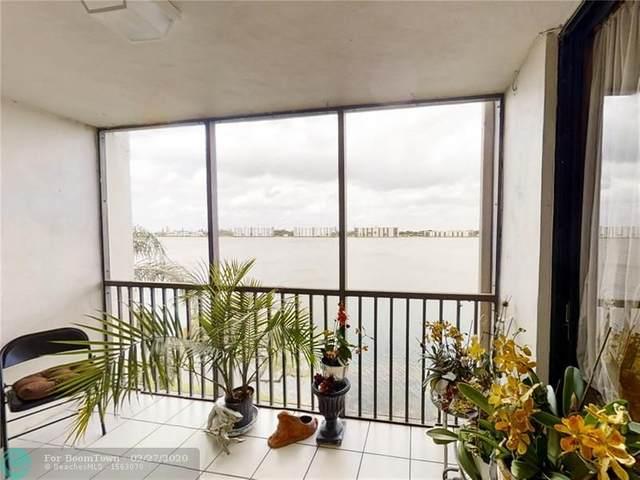 114 Lake Emerald Dr #406, Oakland Park, FL 33309 (MLS #F10218930) :: Berkshire Hathaway HomeServices EWM Realty