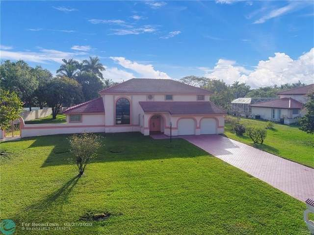 6400 Falconsgate Ave, Davie, FL 33331 (MLS #F10222161) :: United Realty Group