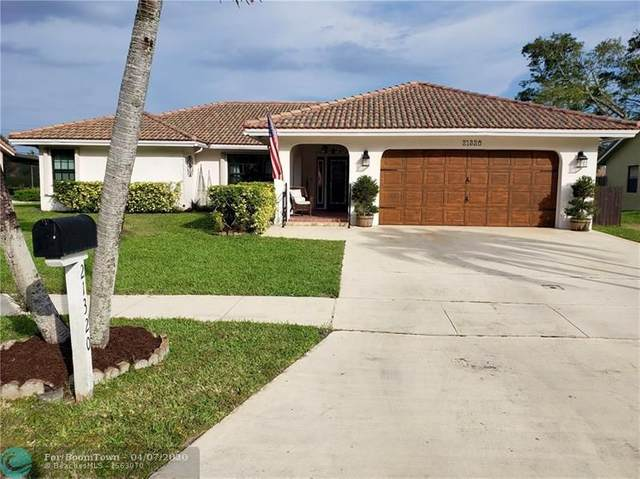 21320 Chinaberry Dr, Boca Raton, FL 33428 (MLS #F10224712) :: The Howland Group
