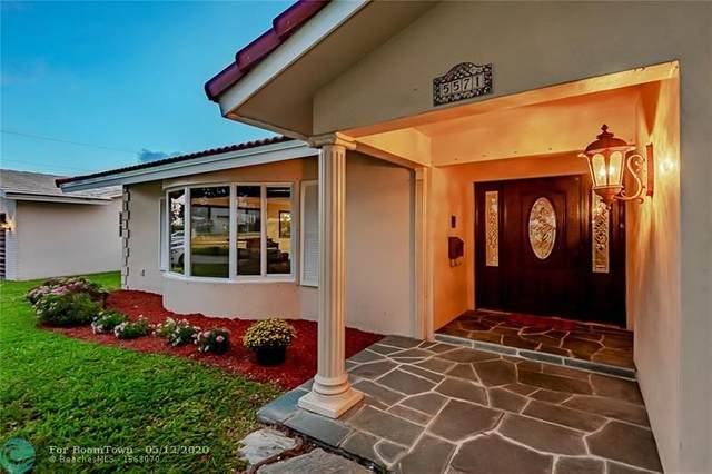 5571 NE 26th Ave, Fort Lauderdale, FL 33308 (MLS #F10229107) :: ONE Sotheby's International Realty