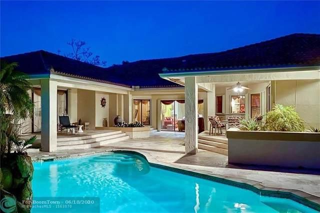 1161 Bristol Ave, Davie, FL 33325 (MLS #F10230539) :: Green Realty Properties