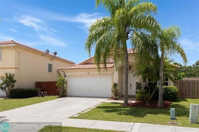 165 Vista Verdi Rd, Davie, FL 33325 (MLS #F10241391) :: Castelli Real Estate Services