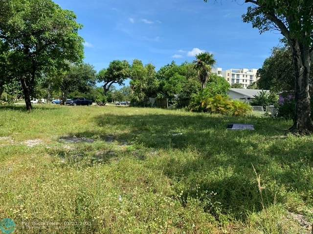 428 NW 7th Ave, Pompano Beach, FL 33060 (MLS #F10246975) :: Berkshire Hathaway HomeServices EWM Realty
