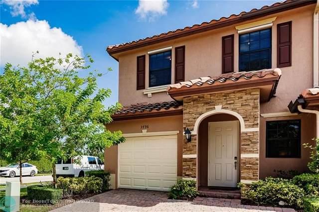 3796 SE 2nd Dr #3796, Homestead, FL 33033 (MLS #F10249233) :: Berkshire Hathaway HomeServices EWM Realty