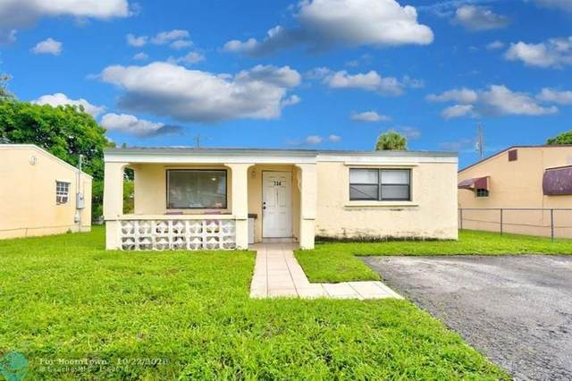 734 SW 3rd Pl, Dania Beach, FL 33004 (MLS #F10251940) :: Berkshire Hathaway HomeServices EWM Realty