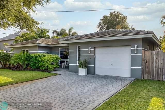 2133 NE 3rd Ave, Wilton Manors, FL 33305 (MLS #F10254184) :: Castelli Real Estate Services