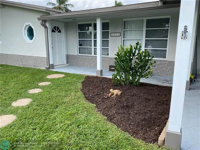 2001 NW 33 CT, Oakland Park, FL 33309 (MLS #F10254447) :: Castelli Real Estate Services