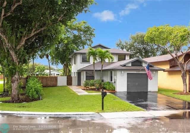 597 Lakeside Circle, Sunrise, FL 33326 (MLS #F10254886) :: Castelli Real Estate Services