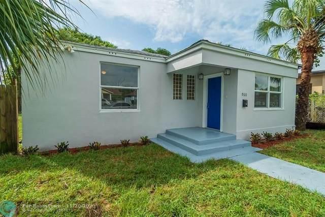900 10th St, West Palm Beach, FL 33401 (MLS #F10259308) :: Laurie Finkelstein Reader Team