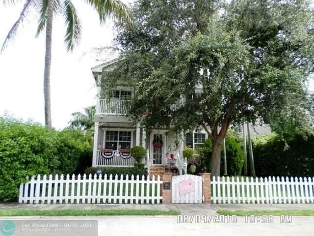 931 Adams St, Hollywood, FL 33019 (MLS #F10259322) :: Miami Villa Group