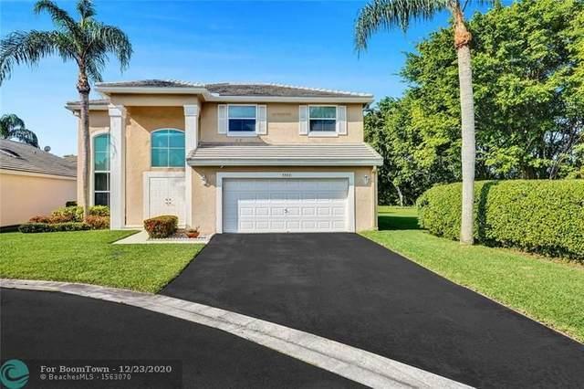 5543 NW 53rd Cir, Coconut Creek, FL 33073 (MLS #F10261817) :: Berkshire Hathaway HomeServices EWM Realty