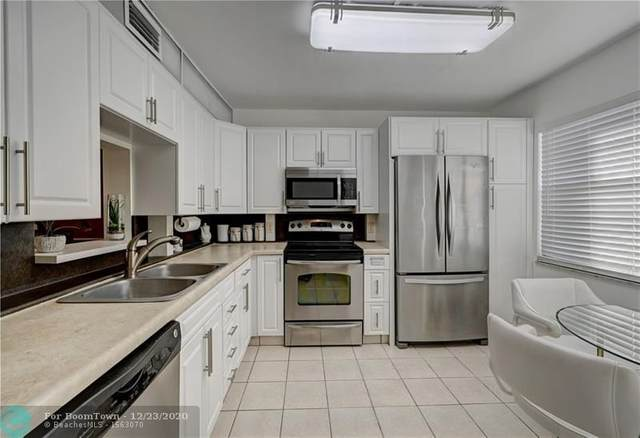 2802 Victoria Way M3, Coconut Creek, FL 33066 (MLS #F10263037) :: Castelli Real Estate Services