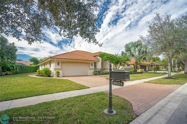 1021 NW 93rd Ave, Plantation, FL 33322 (MLS #F10263854) :: Berkshire Hathaway HomeServices EWM Realty